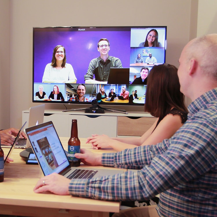 Guide to Cloud Video Conferencing and Cloud Based Solutions [+Tips]